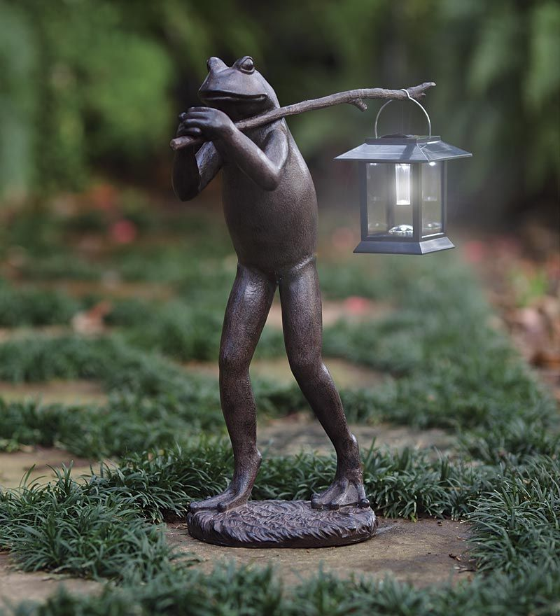 Beau Trekking Frog Statue Carries A Removable Pole And Separate Solar Powered  Lantern To Lead The Way And Illuminate Your Path, Garden, Deck Or Patio At  Night.