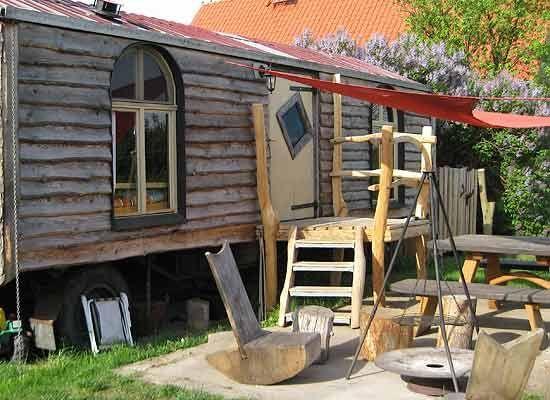 Holzgestaltung · Holzgestalter Steffen Meier · Referenzen Bilder Naturholz im Innenbereich Naturholz im Aussenbereich Massivholz Platten
