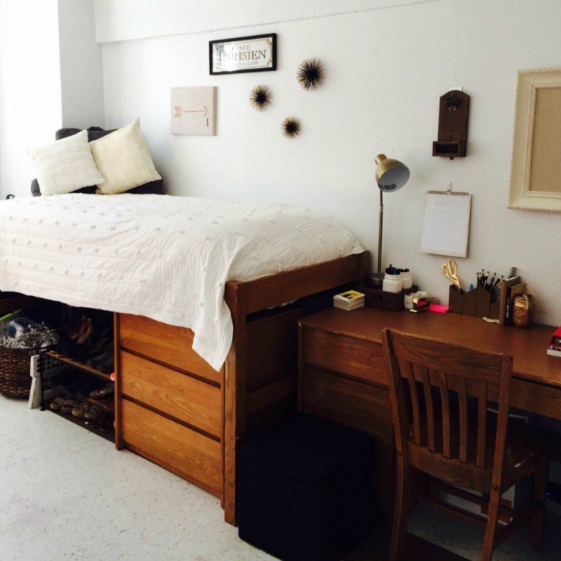 20 College Dorm Room Ideas To Channel Your Inner Minimalist With Modern Dorm Room Cool Dorm Rooms Dorm Room Inspiration