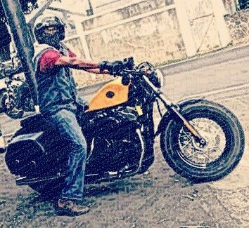 16 Extraordinary Harley Davidson Sportster Club Style Ideas Harley Davidson Bikes Harley Davidson Chopper Harley Davidson Posters Harley Davidson Sports