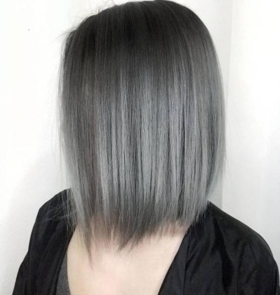 Pin By Rebecca Wang On Bleech Short Hair Balayage Thick Hair Styles Hair Styles