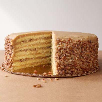 7 Layer Caramel Praline Cake #pralinecake