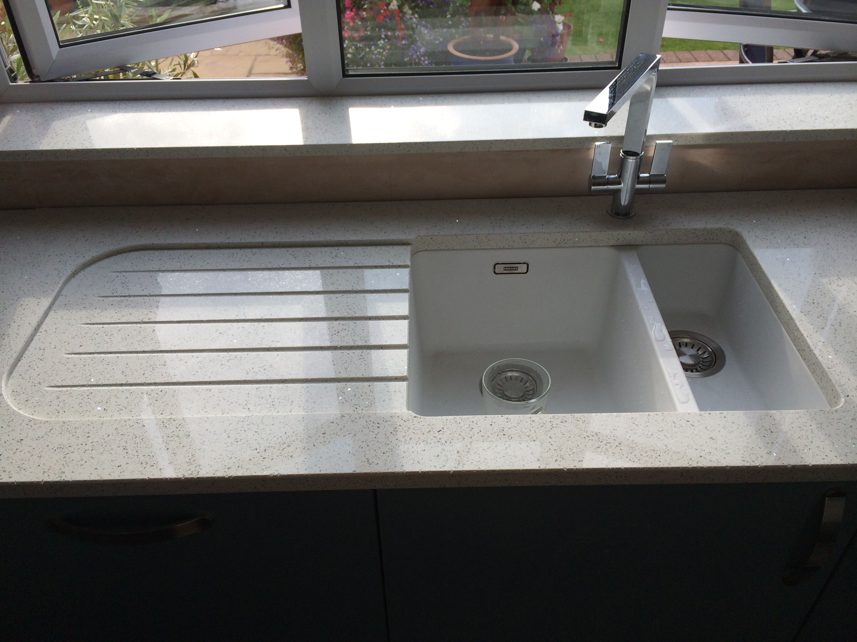 Franke Kubos Sink With Recessed Drainer In Quartz Worktop Kitchen Sink Drainers Corian Kitchen Countertops Kitchen Worktop
