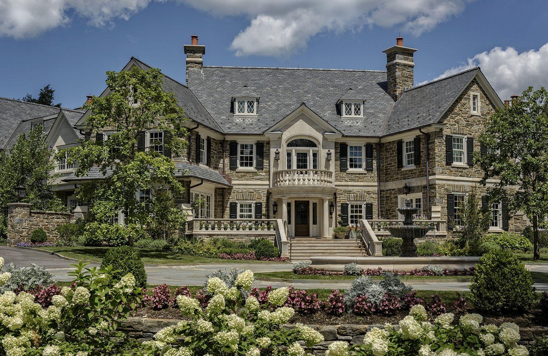 23 Stunning Stone Mansions Chairish Blog Stone Mansion Mansions Architecture