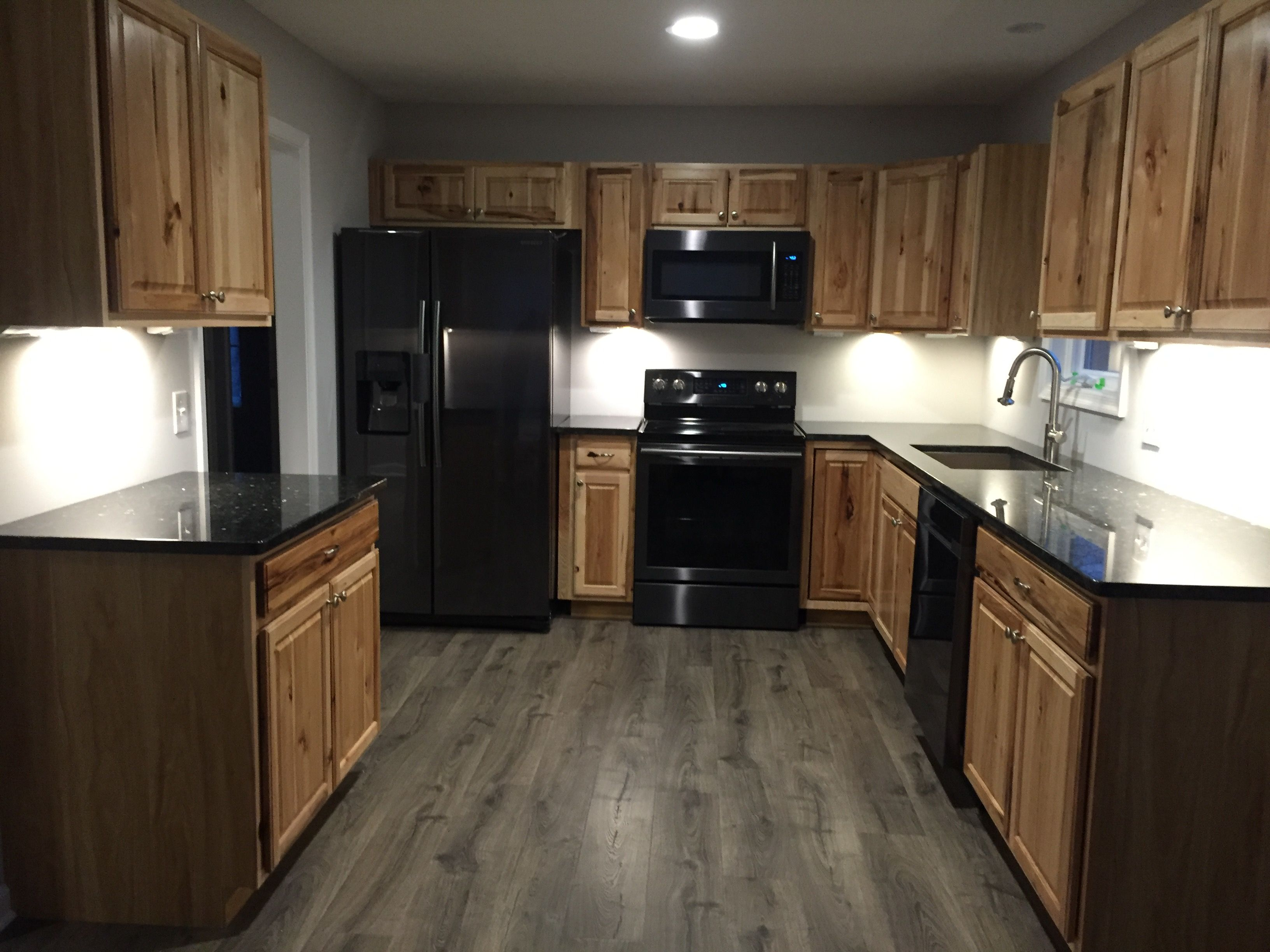 Hickory Cabinets Black Stainless Appliances Black Appliances Kitchen Black Stainless Appliances Hickory Kitchen Cabinets