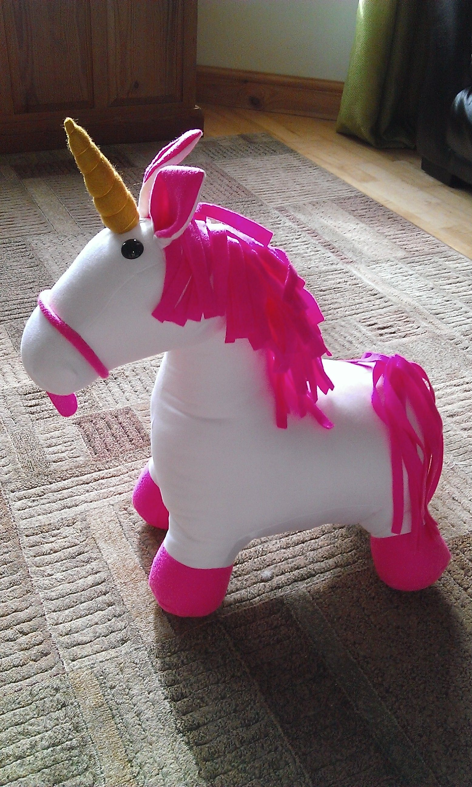 always be yourself unless you can be a unicorn, always be a unicorn!