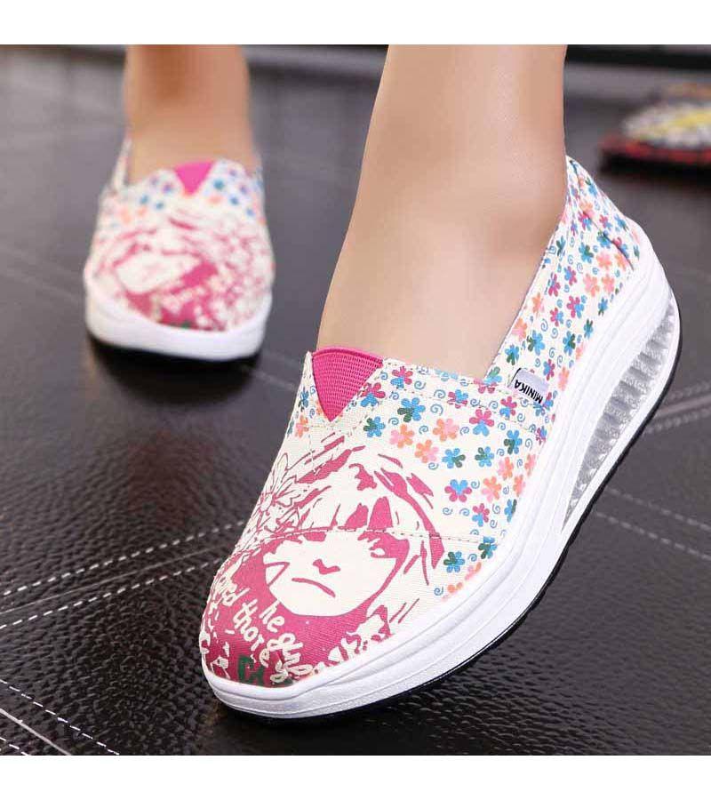 Women S Beige Slipon Rocker Bottom Sole Shoe Sneakers Floral Pattern Lightweight Casual Leisure Occasions Zapatos Deportivos Zapatos Sandalia Tejida