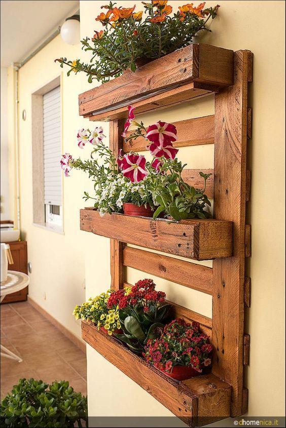 fioriere da parete fai da te con bancali 20 esempi per