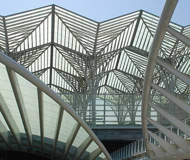 Guess where geometric architecture architecture and for Architecture geometrique