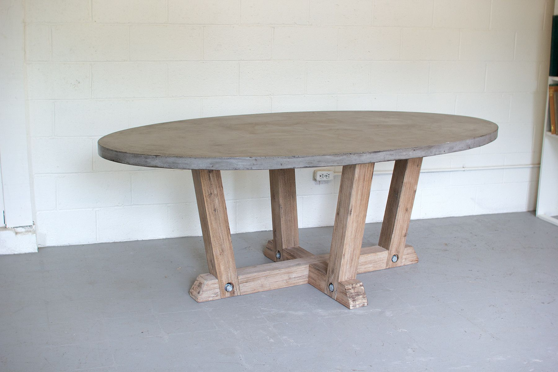 Numero 3 Concrete Dining Table With Wood Base Oval Table Dining Oval Kitchen Table Fall Kitchen Table Decor