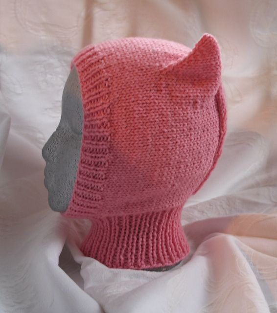 Ravelry: Pussy Cat pattern by Patons baby balaclava | Crafty | Pinterest