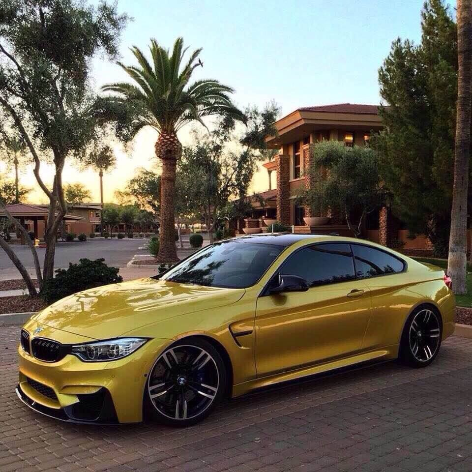 BMW M4🚘 This beauty deserves a like❤️