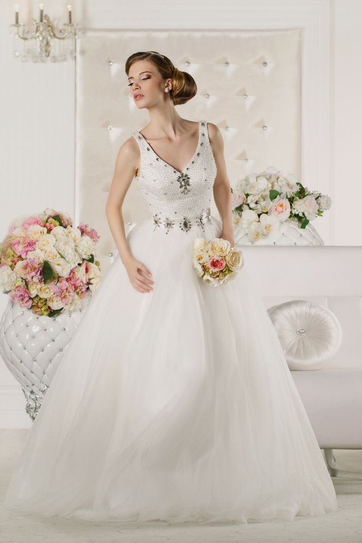 Top dresses to wear to a wedding  Top Wedding Dresses Selection Trying To Find The Latest Bridal Wear