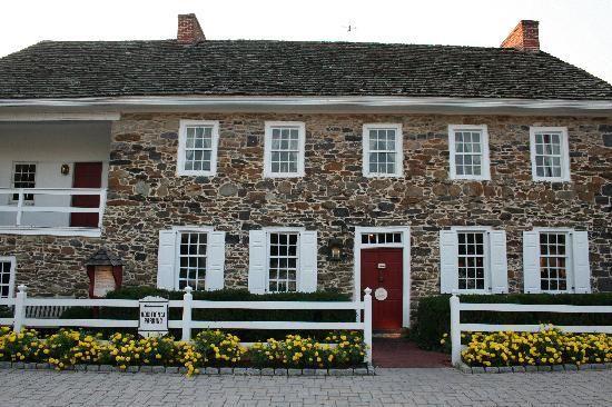 Historic 1776 Dobbin House Restaurant Tavern And Bed Breakfast Inn Gettysburg Pennsylvania House Restaurant Historic Inns