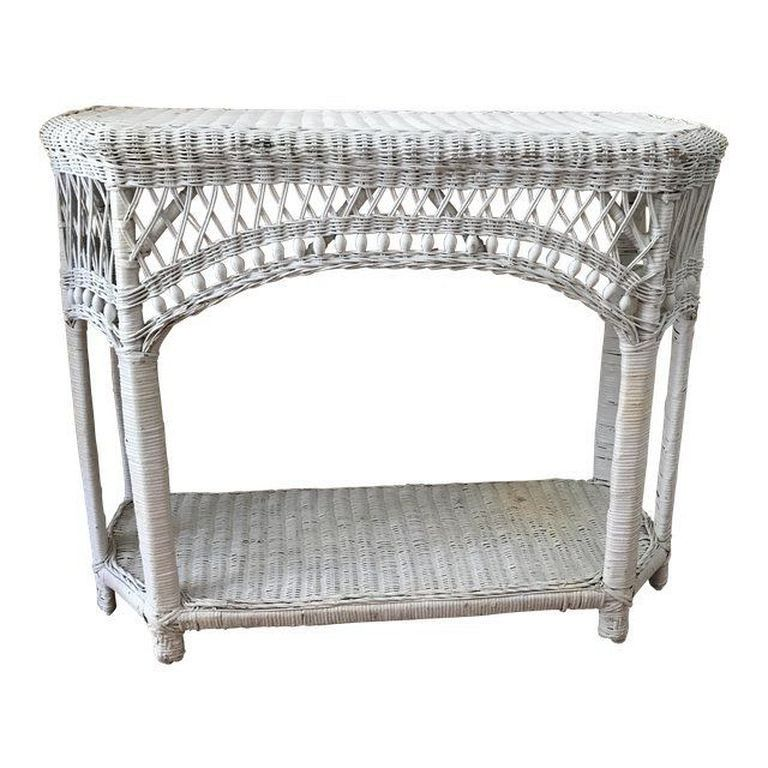 30 Marvelous Antique And Vintage Wicker Rattan Side Table Design And Ideas Diycrafts Diydesign Diydecor Wicker Side Table Wicker Furniture Wicker Headboard