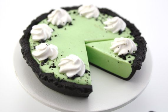 Grasshopper Pie with Two Slices Food For Dolls such as American Girl®