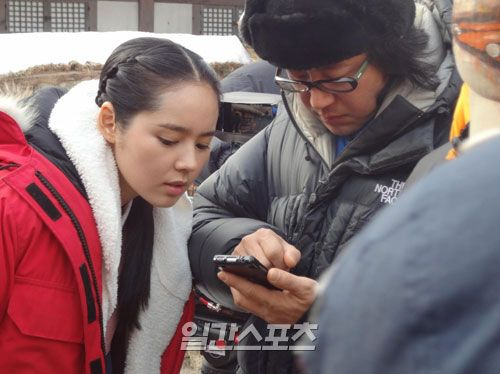 beautiful Han Ga In...The atmosphere on the filming set is really great, get along very harmonious with staff crews.