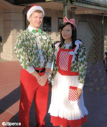 The Christmas Train Cast.Cast Member Holiday Costume Holiday Celebrate Mickey S
