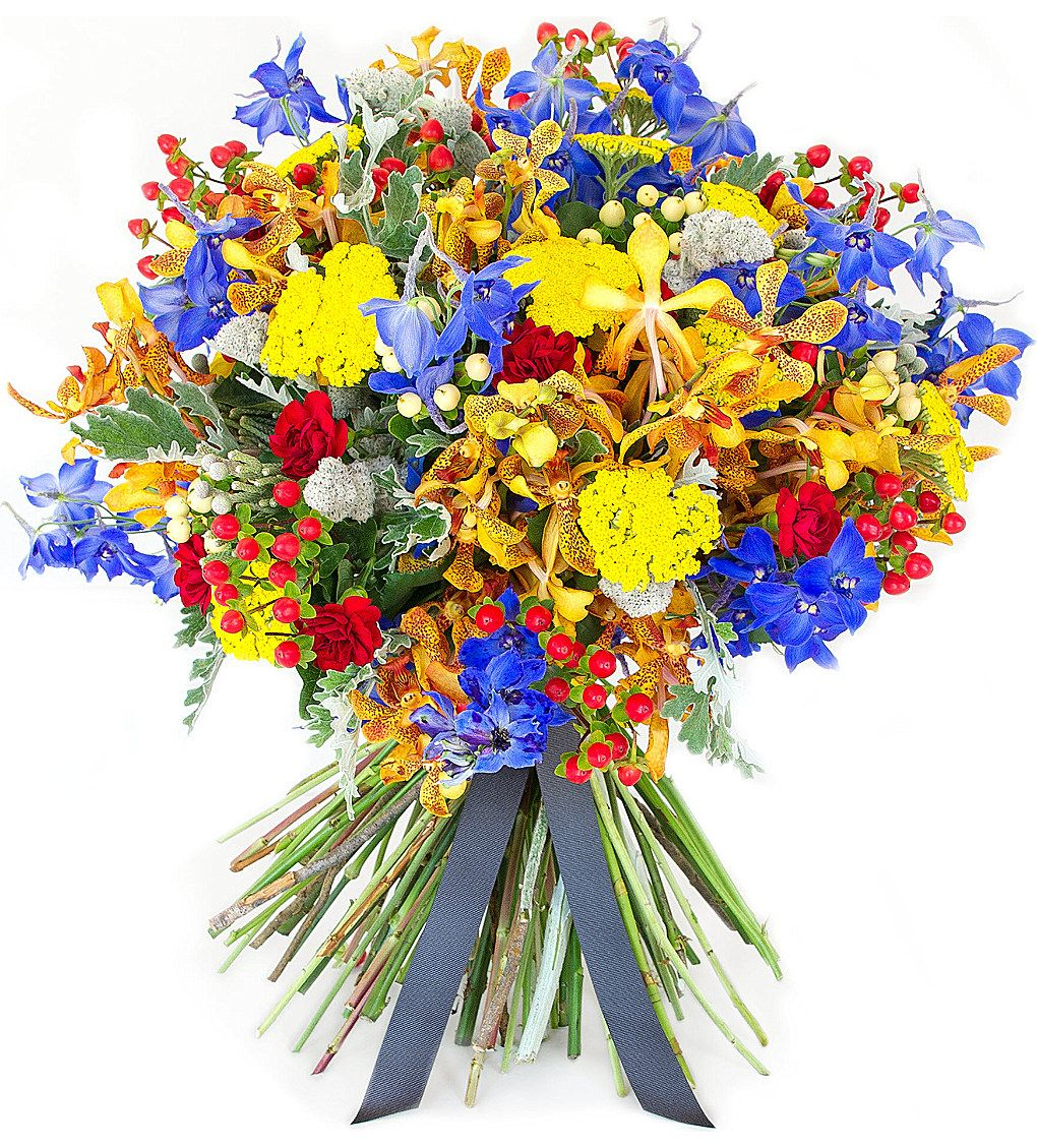 NEED MORE COLOMBIAN-THEMED BOUQUETS, DAMN IT!   PHILIPPA CRADDOCK - Montpellier bouquet | Selfridges.com
