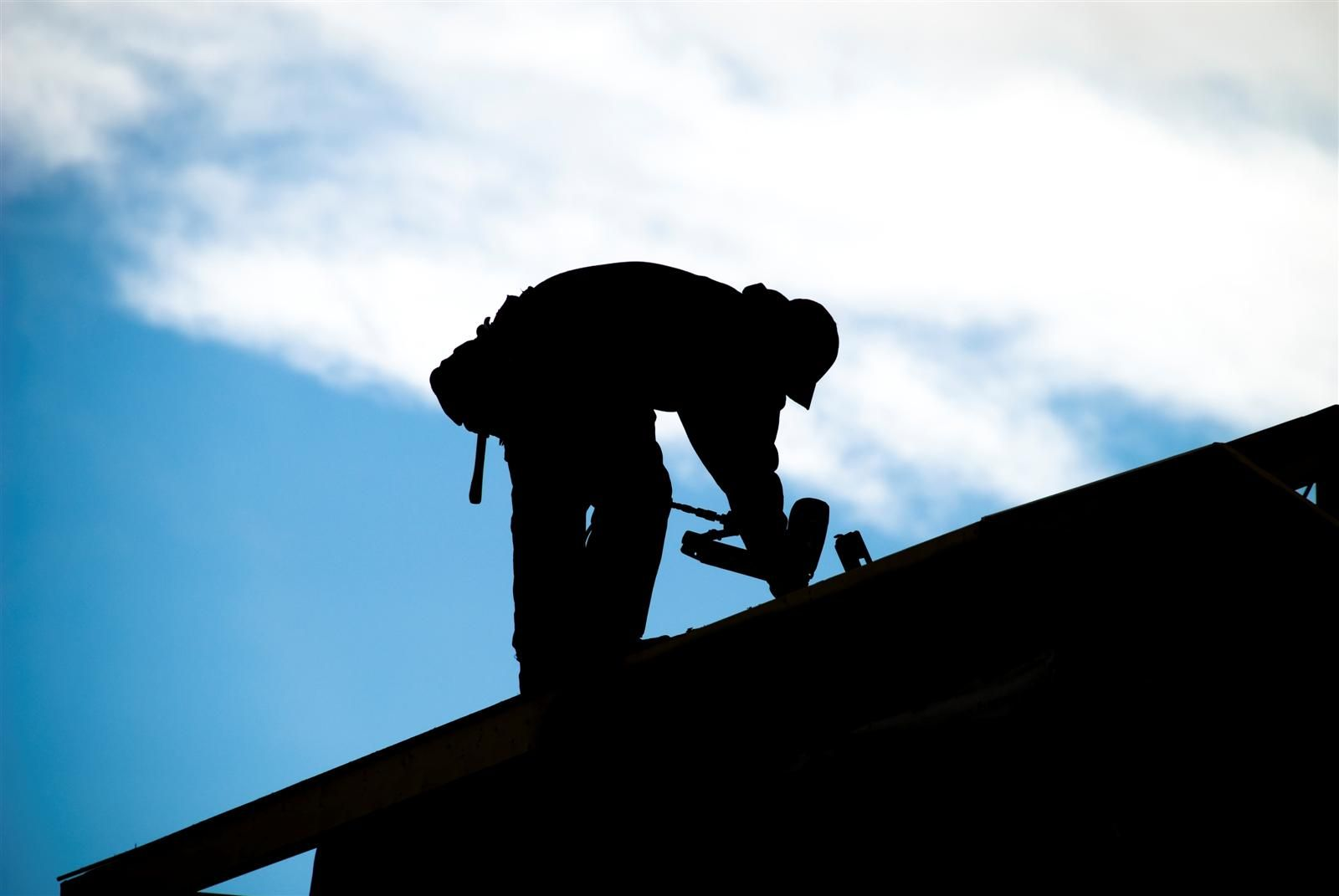 We Are The 1 Roof Repair Providers In Vancouver If You Are Tired Of Your Roof Looking Like Its 50 Years Old Roofing Contractors Roofing Services Roof Repair