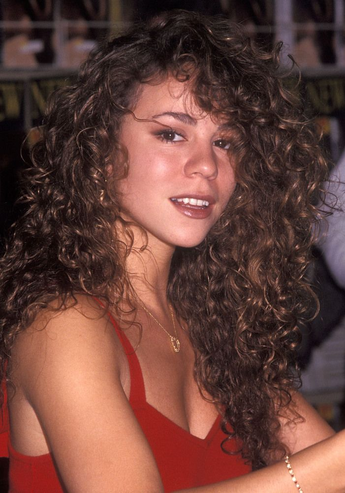 Trend Talk Get The 90 S Look Style Etcetera Curly Hair Women Hair Styles Long Curly Hair
