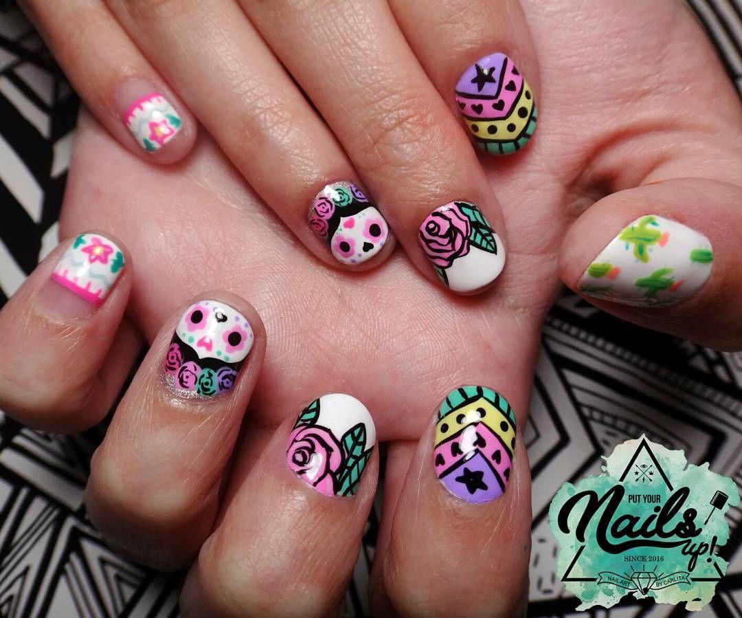 Nail Art a mano alzada estilo mexicano. Uñas naturales. Uñas pastel ...
