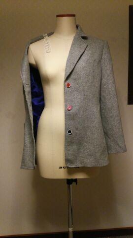 ウールパターン2 ジャケット 薄手地を使用して軽く着れる感じに ~ ジャケットいづジャケット ~ 裏地を好きなパープルに+馬車が描かれている・・・即購入 おじかじ? ヨーロッパに行くため必死に製作した気が・・・