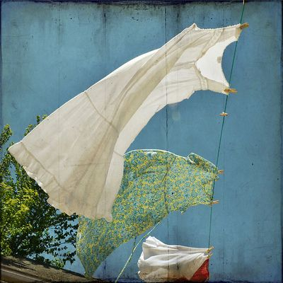 windy laundry day…..