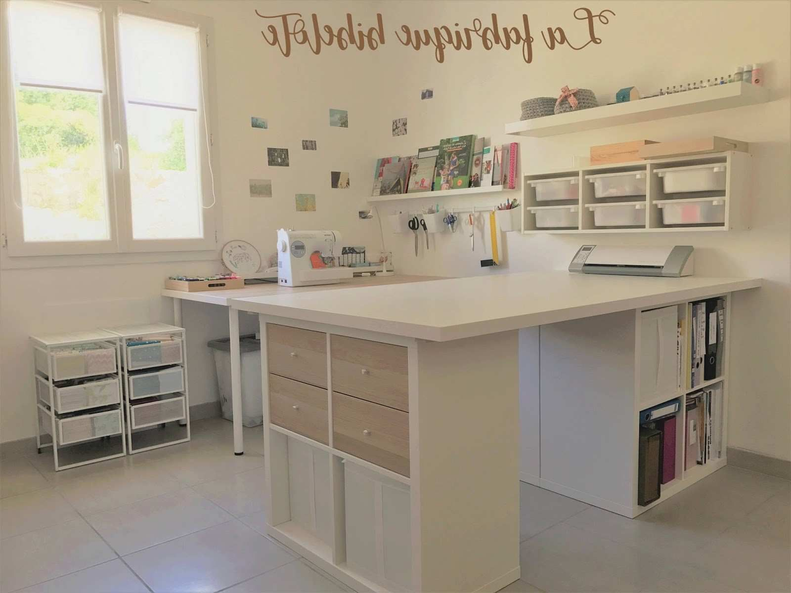 Un jour un DIY BLA BLA 4 L aménagement de mon atelier couture #ateliercoutureamenagement Un jour un DIY BLA BLA 4 L aménagement de mon atelier couture #ateliercoutureamenagement