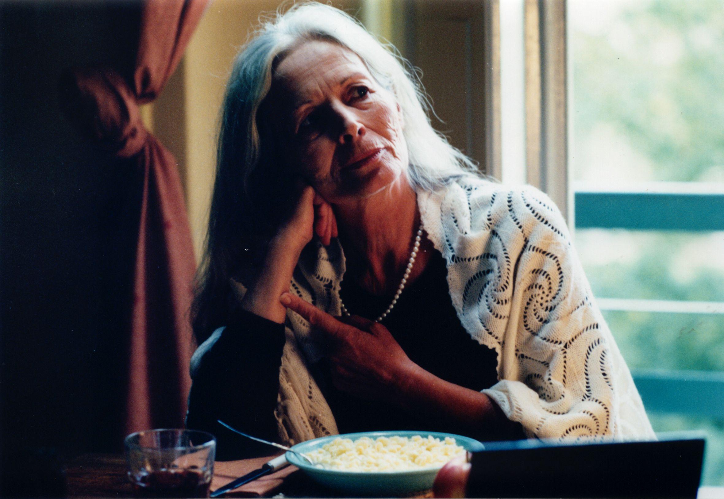Communication on this topic: Suzanne Hall (born 1972), dania-ramirez/