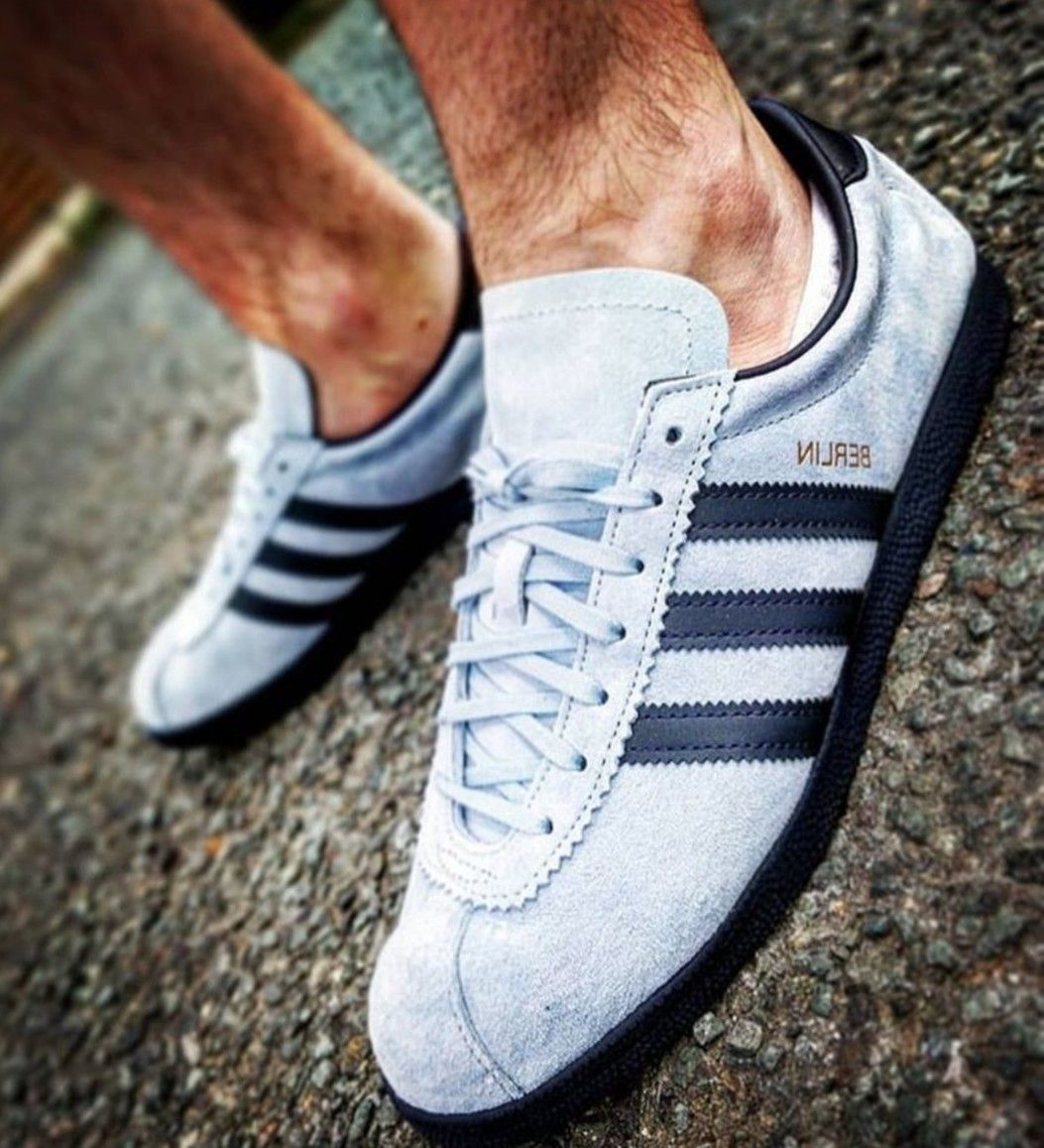 new concept 27e6f adbac Reverse colourway Berlin on feet on the street Adidas Og, Adidas Sneakers,  Football Casuals