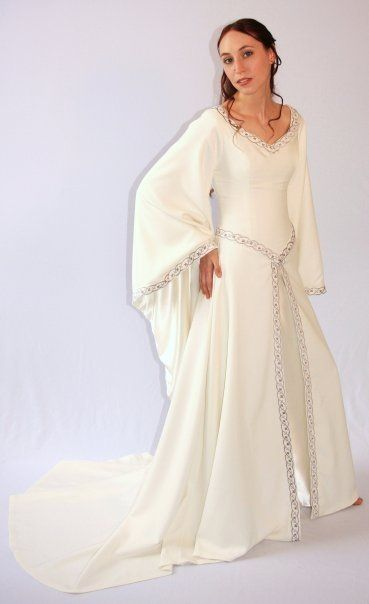 Pin By Lynn Carney On Middle Earth Medieval Wedding Dress Fantasy Dress Dress Accessories