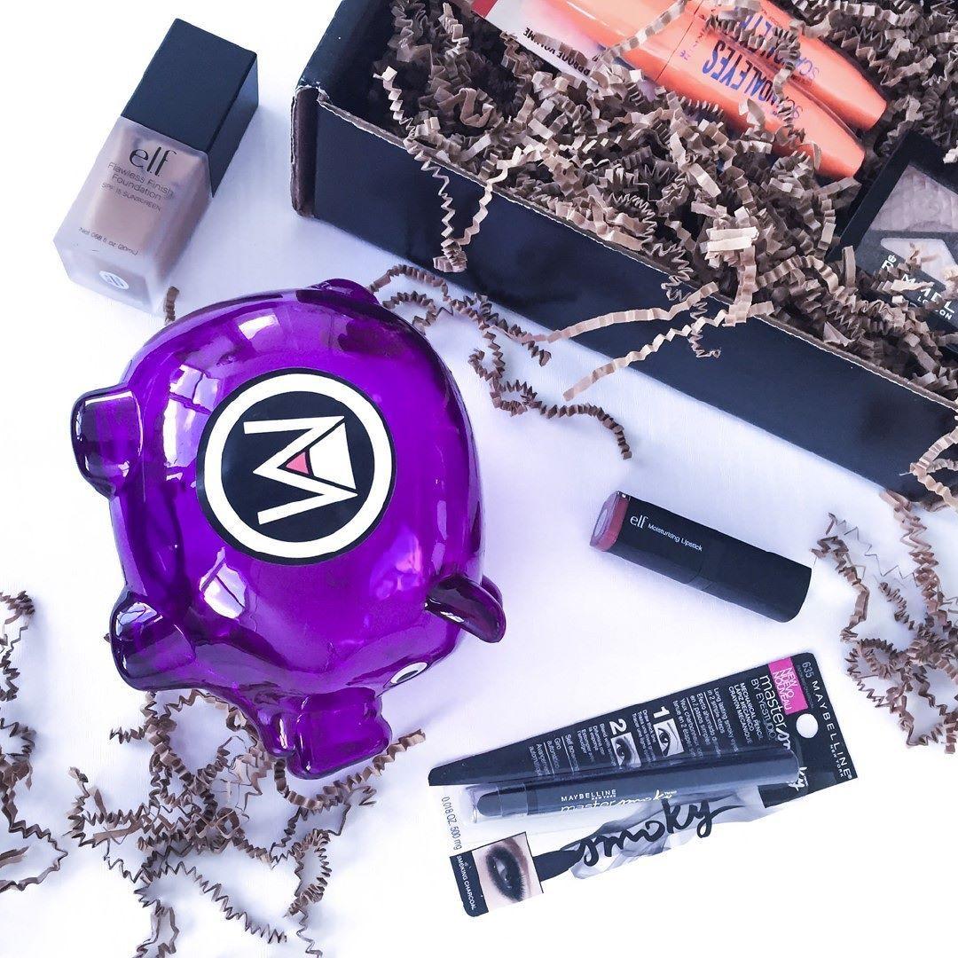 Hoy luce hermosa y no te olvides de usar los productos que @tumaqui te ofrece. -  Pide tumaqui box cada mes -  No es too much es tumaqui