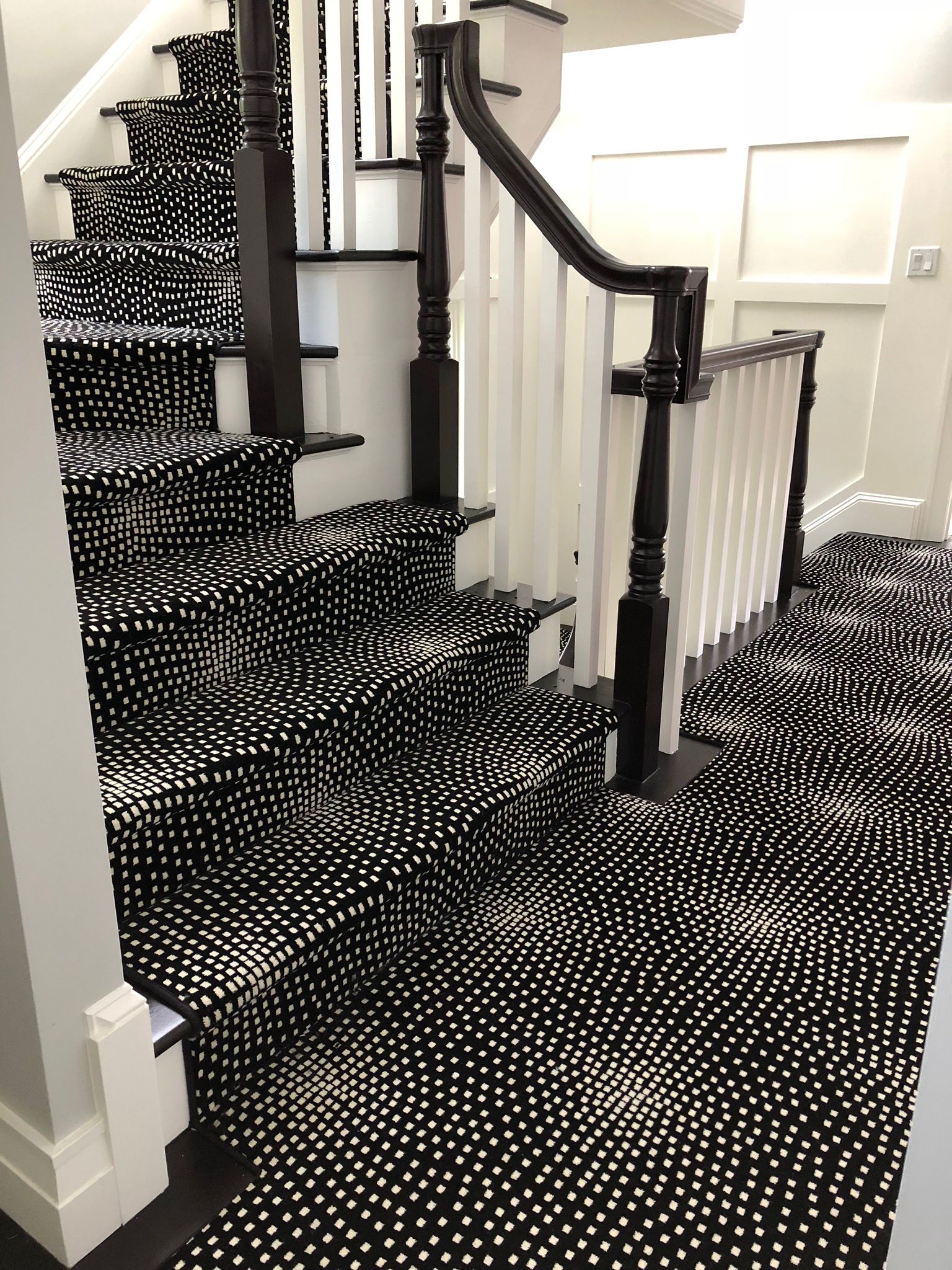 Boston Interiordesigner Carpet Modern Modern Stairs Stairs   Black And White Carpet Stairs   Victorian   Striped   Geometric   Low Cost Simple   Unusual