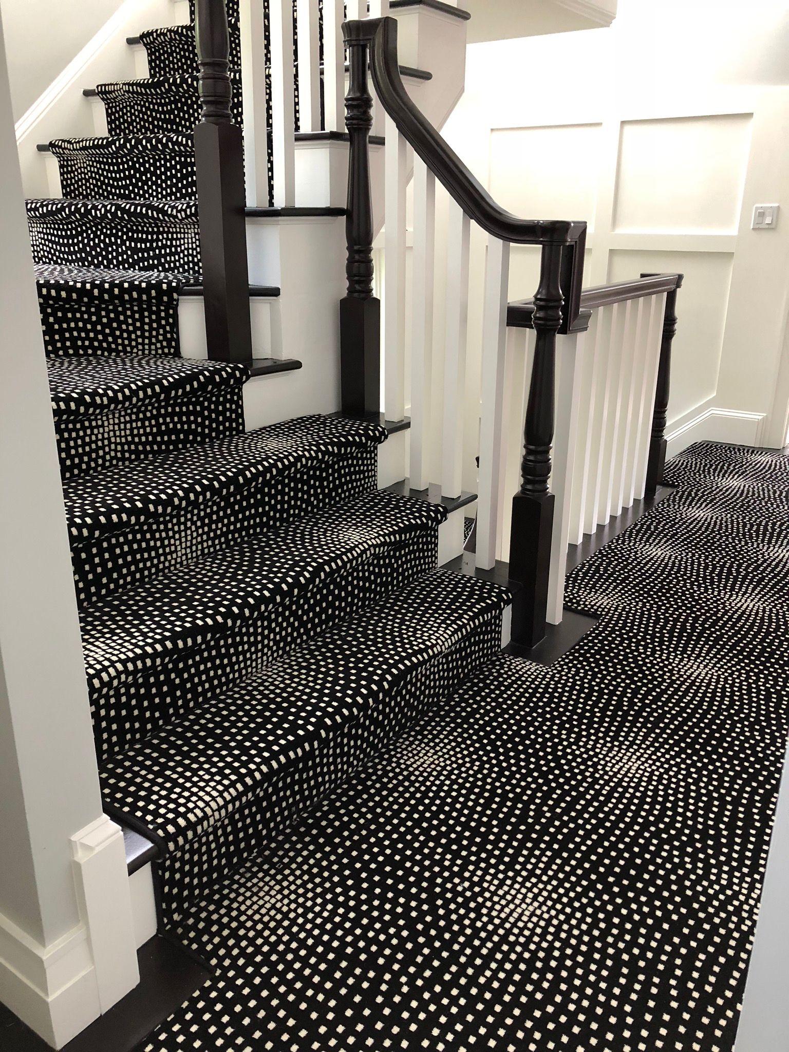 Boston Interiordesigner Carpet Modern Modern Stairs Stairs | Black And White Stair Runners | Staircase | Hallway | Cool | Diy | Jute