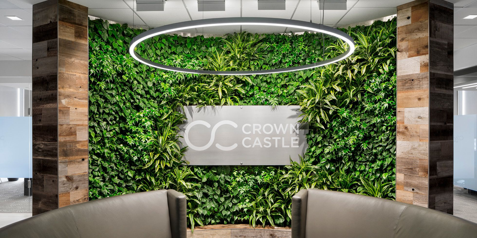 Crown Castle Living Wall By Habitat Horticulture  View 1