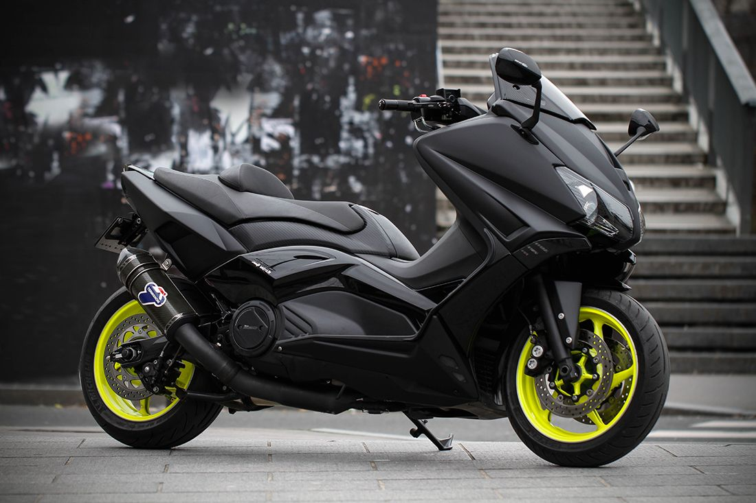 yamaha tmax scooter pinterest moto milliardaire et voitures. Black Bedroom Furniture Sets. Home Design Ideas