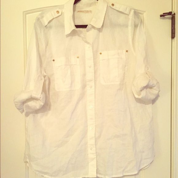 Michael Kors whit button up Pure white button up shirt with gold button accents on pockets and shoulders. Slightly used and tag cut out. Still in great condition! Michael Kors Tops Button Down Shirts
