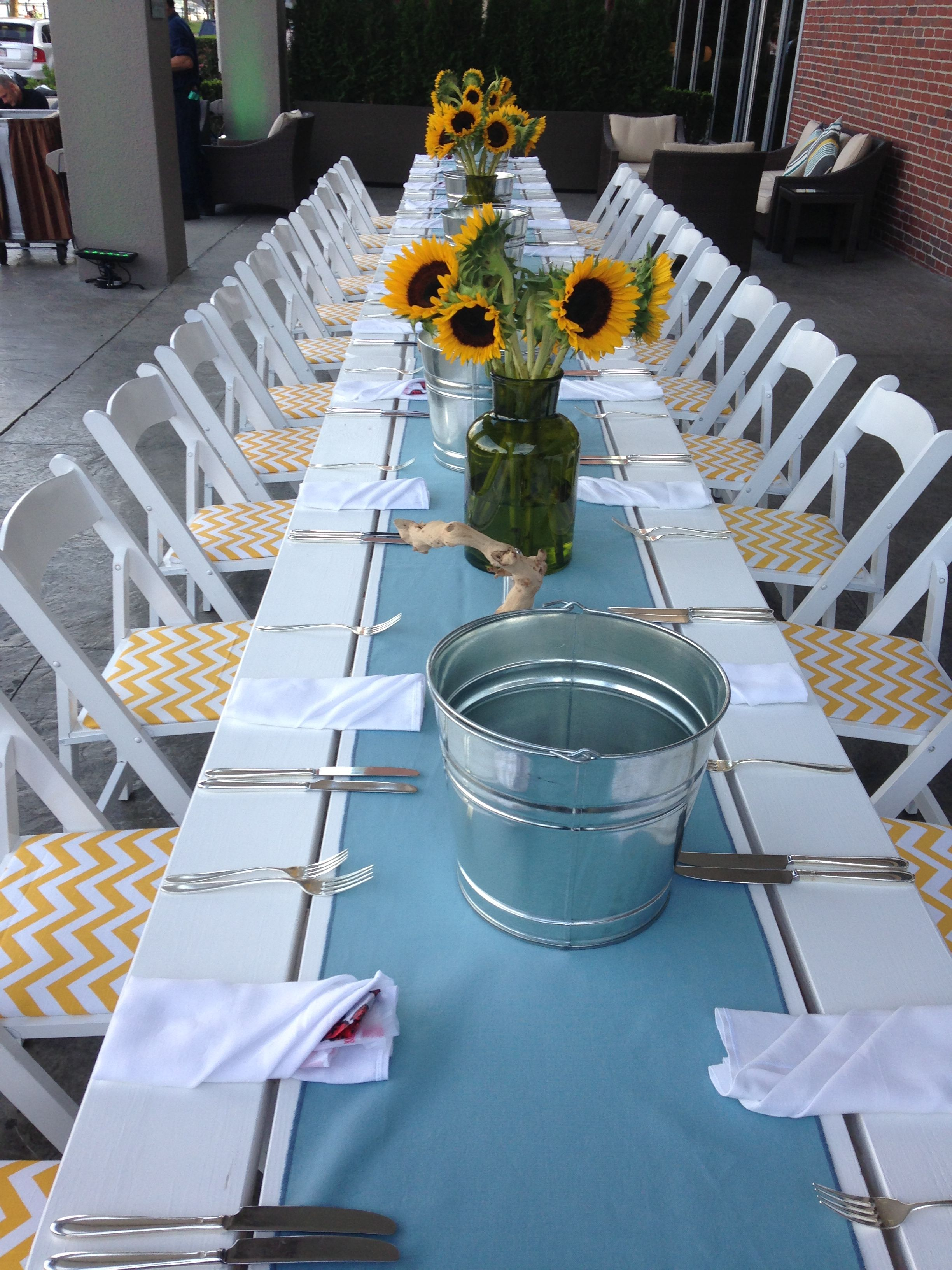 Clam bake decor the royal sonesta hotel boston offers for Terrace party decoration