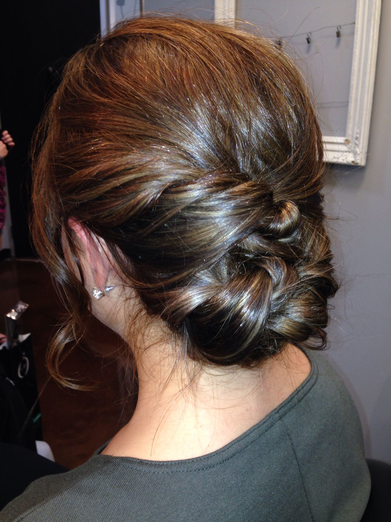 Medium length hair updo simple finger rake with twisted sides and