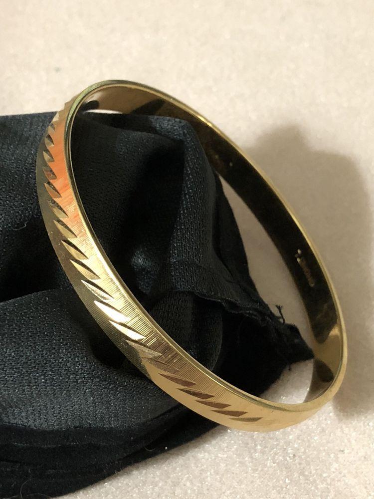 99 AUCTIONS Vintage Monet L Gold Diamond Cut Bangle Bracelet