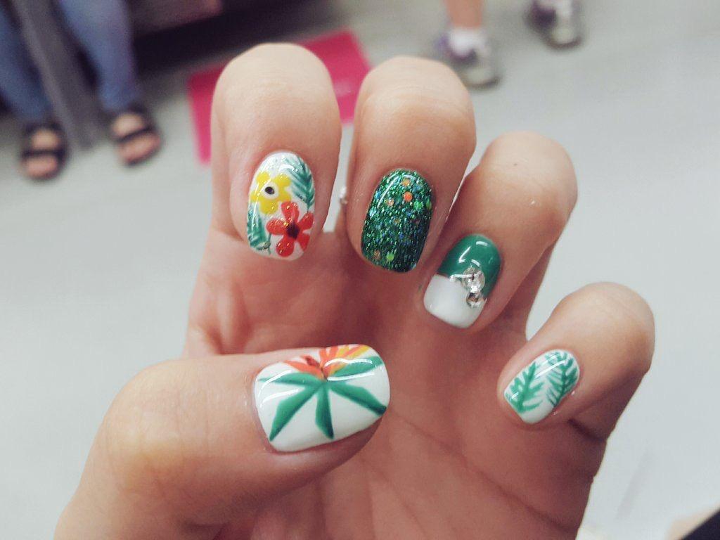 Pin by 💦Namfon_FoN🐰 on Nails | Pinterest