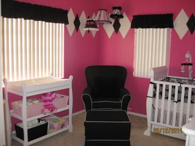 Our Baby S Pink Black And White Nursery As You Can See Argyle Decor Is Very Diffe Vibrant Bold