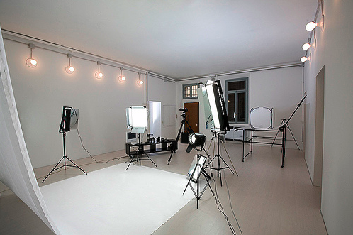 photo studio hire - http://www.miltonkeynesstudio.com