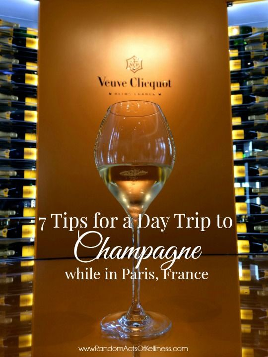 7 Tips for a Day Trip to #Champagne from #Paris: www.randomactsofkelliness.com/2014/07/7-tips-day-trip-champagne-paris.html