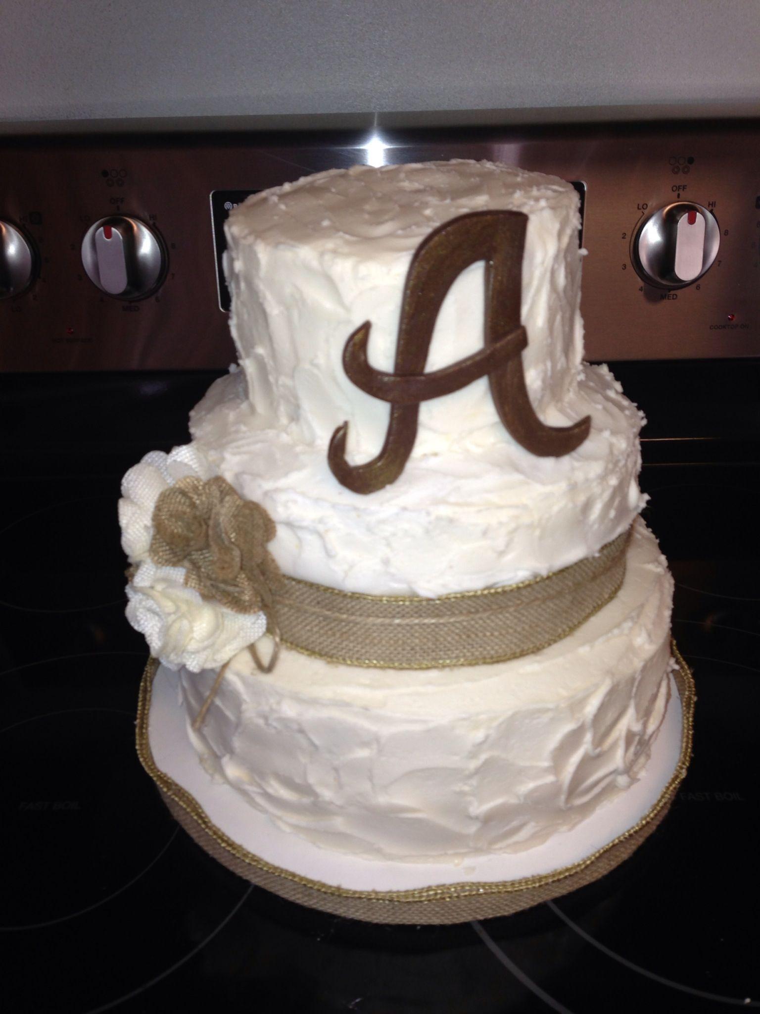 Wedding shower burlap cake cakes pinterest burlap for Cakes for wedding showers