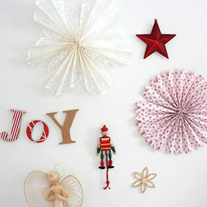 Decoraci n rosetones rosetones pinterest for Decoracion de navidad con papel
