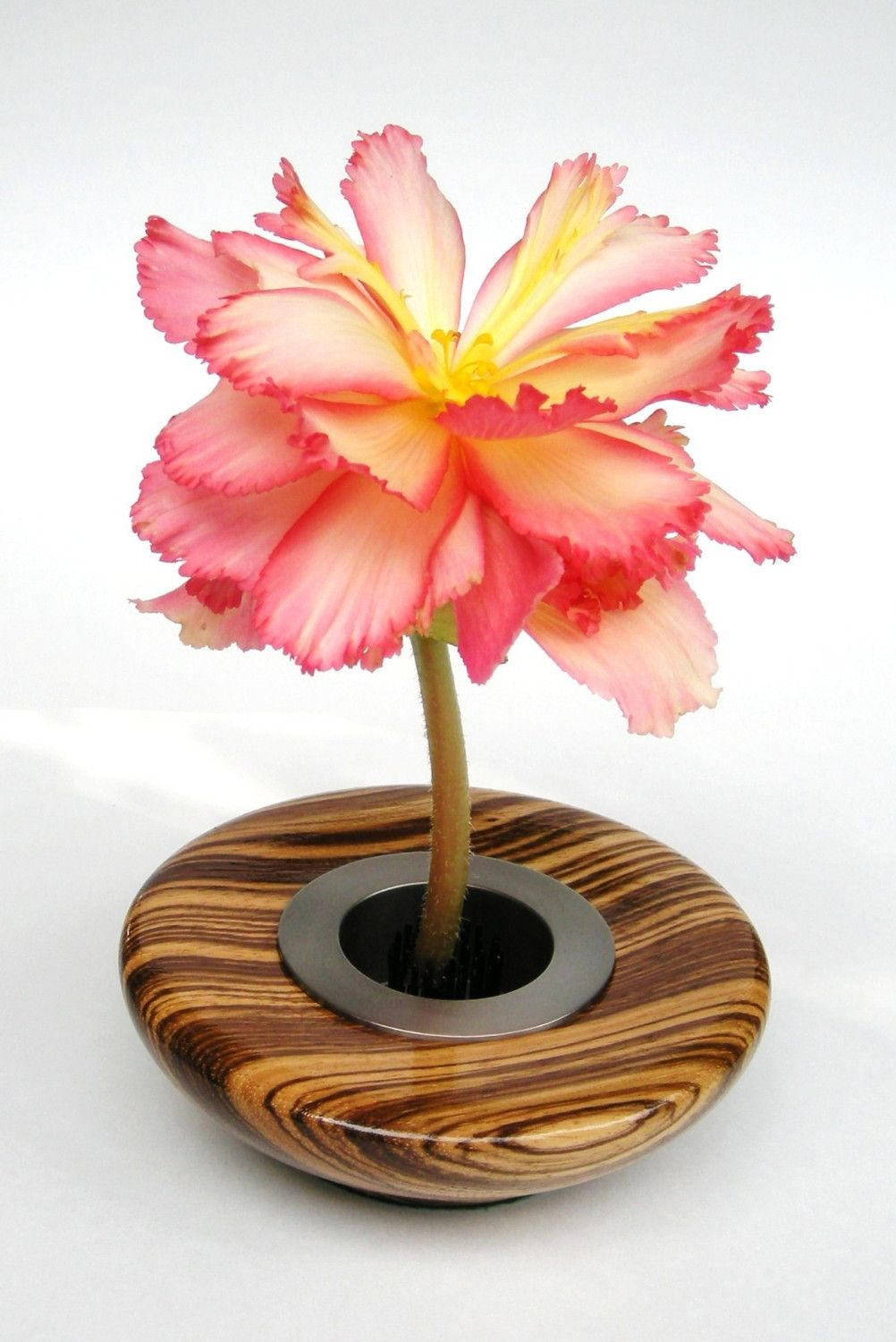 Wooden flowers in a vase medium 80 x 80 pixel large 920 x wooden flowers in a vase medium 80 x 80 pixel large 920 floridaeventfo Images