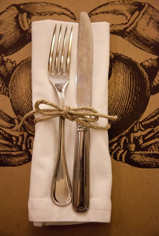 Flatware Wrapped In Twine Kitchen Papers Placemats Chateau And Bungalow With Images Flatware Wrap Kitchen Paper Placemats