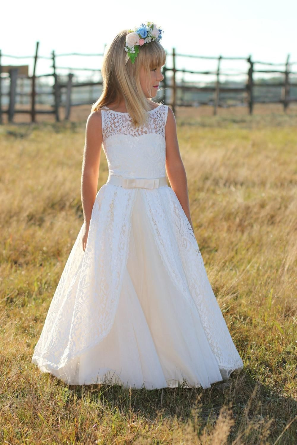 Country fashion flower girls dresses for weddings white ivory